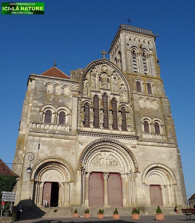 04-vezelay basilica