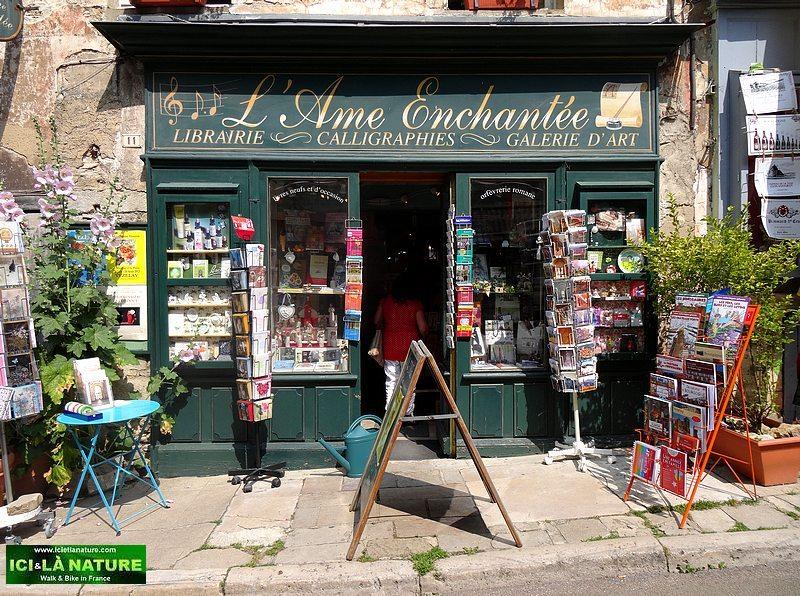 45-vezelay librairie l ame enchantee