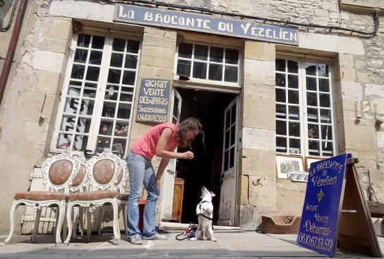 62-vezelay brocante du vezelienb