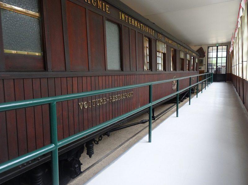 17-railway carriage marshall foch