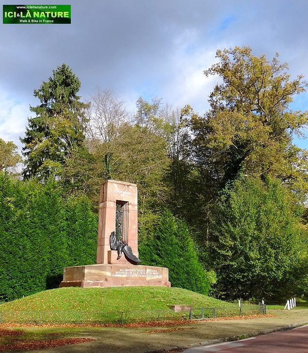 18-memorial armistice 1918 compiegne forest france