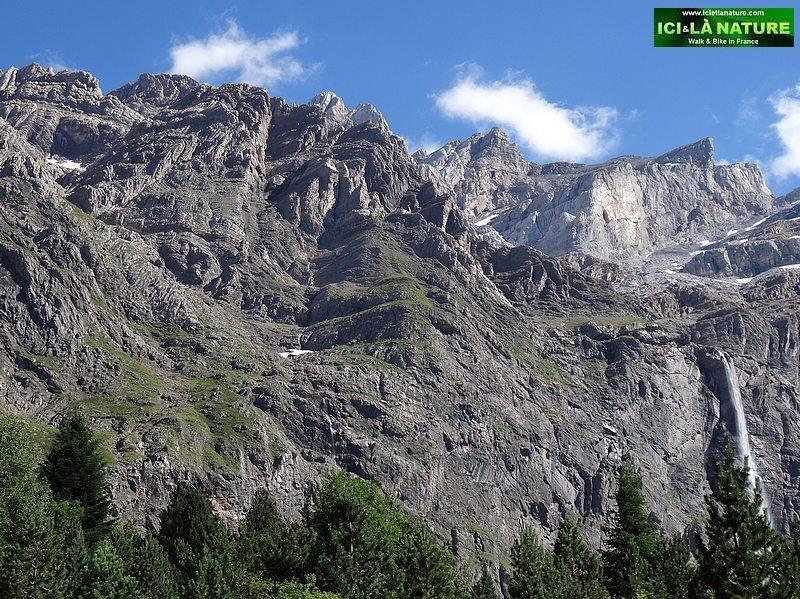 16- pyrenees cirque de gavarnie france