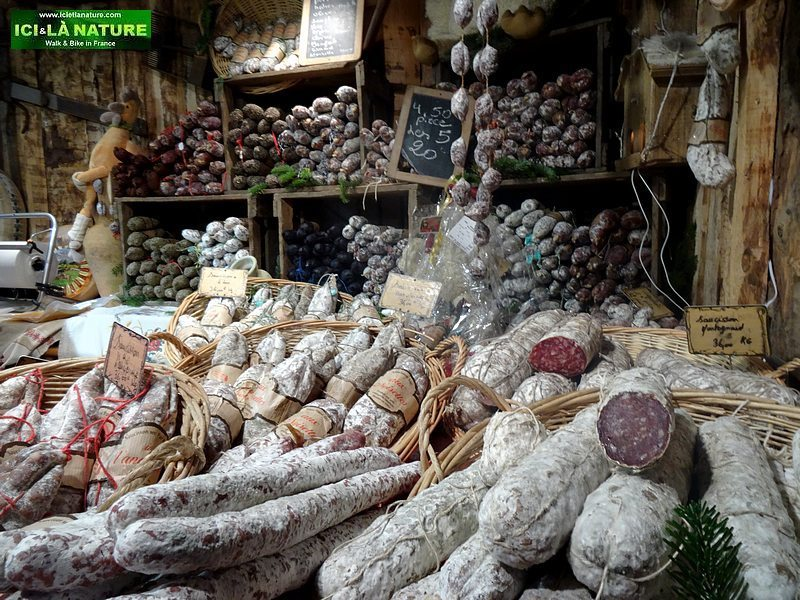 63-french christmas market