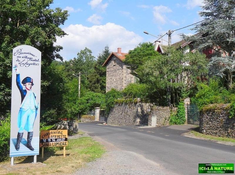 05-lafayette native village france le puy