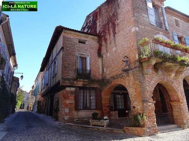 09-auvillar Way Saint James camino frances Cahors Lectoure