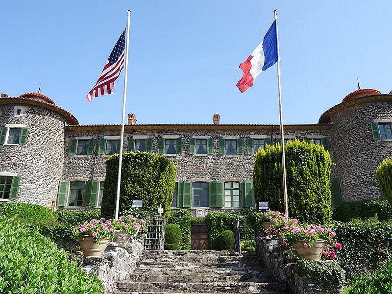 12-lafayette native castle france le puy