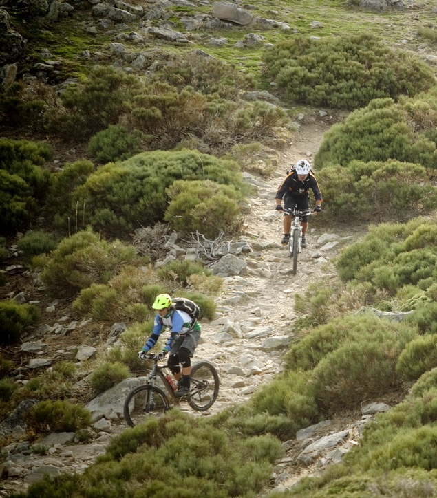 12-mountain bike tour spain