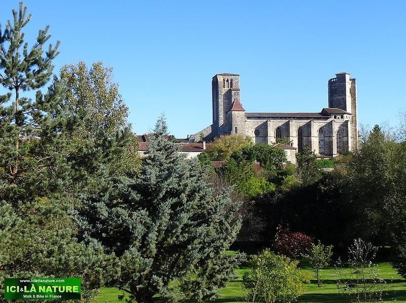 06-camino de santiago cathedral la romieu