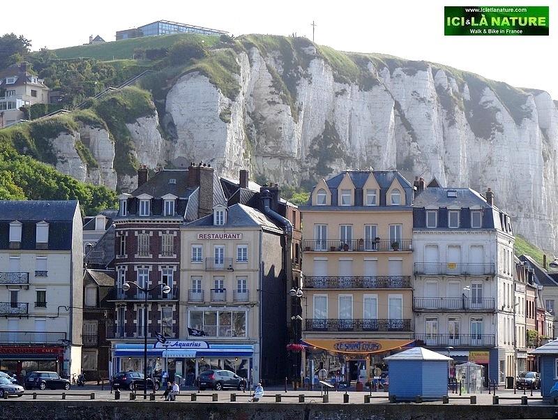 17-le treport white cliffs sea france