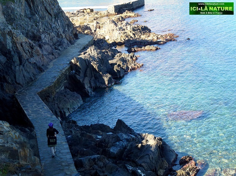 19-walking trip holidays mediterranee collioure cadaques