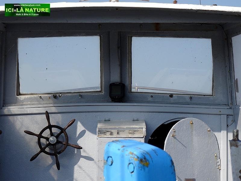 20-old boat le treport fishport france