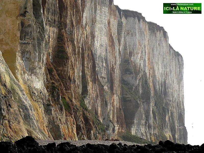 38-normandy walk cliffs french sea coast