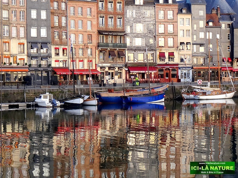 28-cycling normandy honfleur vieux bassin