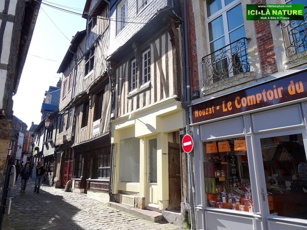 44-sainte catherine church paved streets normandy honfleur