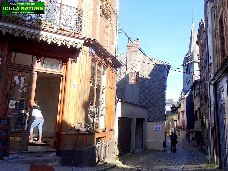 58-picturesque street honfleur normandy