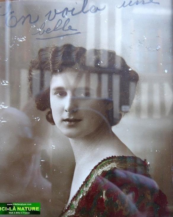 60-pretty girl france normandy honfleur