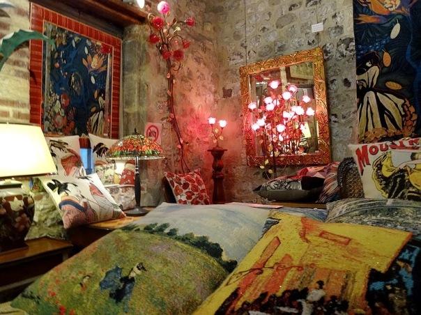 89-art craft shop honfleur normandy