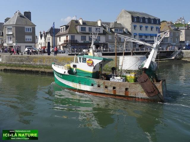 13-port de pêche normandie port en bessin