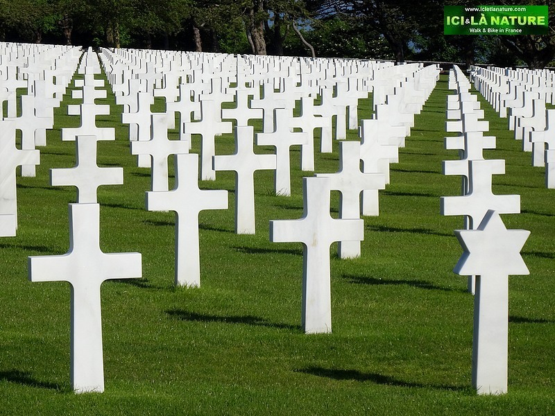 18-american graves normandy D-Day