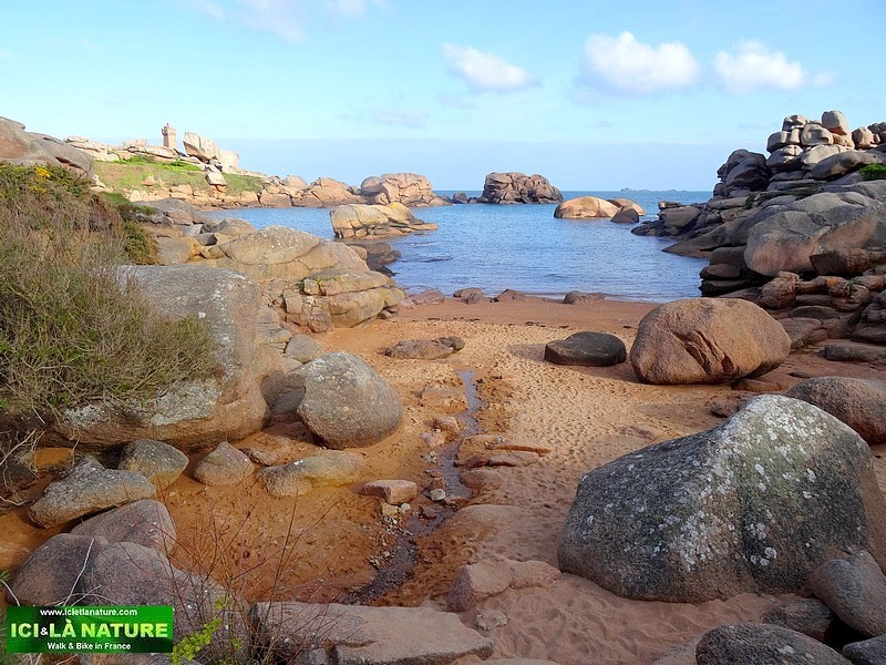 brittany guided walking group along the Pink Granite Coast France- Brittany : Guided walking group along the Pink Granite Coast -