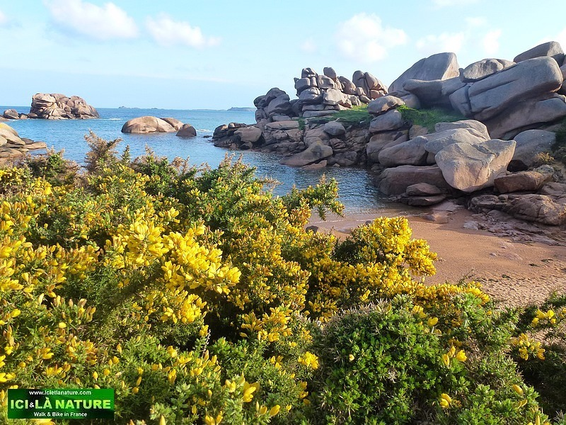 38-walking the pink granite coast brittany france