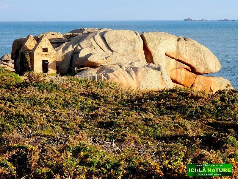 La côte de Granit Rose - Voyages, randonnées