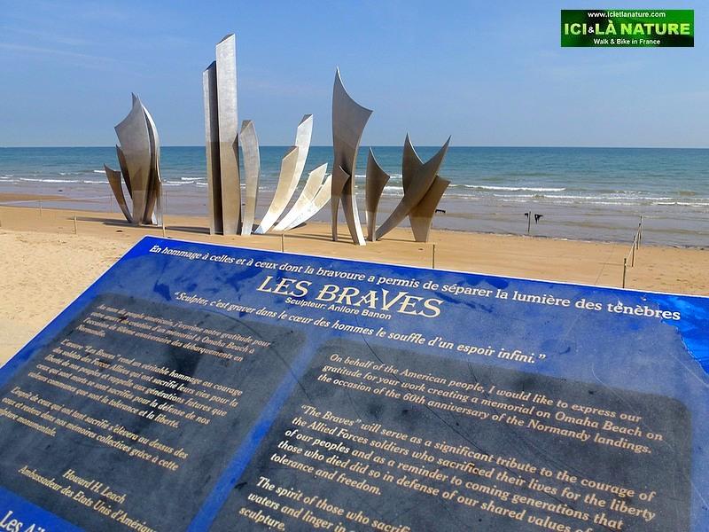 02-statue braves omaha saint laurent