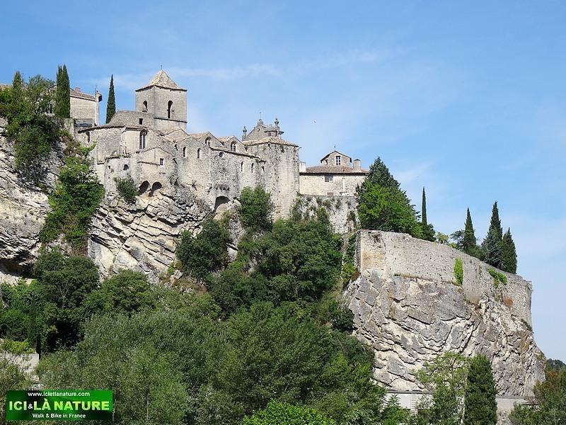 04-landscape provence vaison la romaine