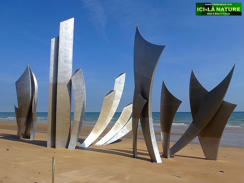 06-bloody omaha landing beach statue