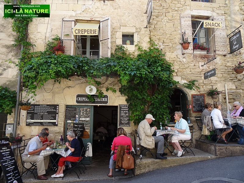 06-typical restaurant provence gordes