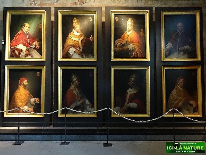 13-avignon papal palace