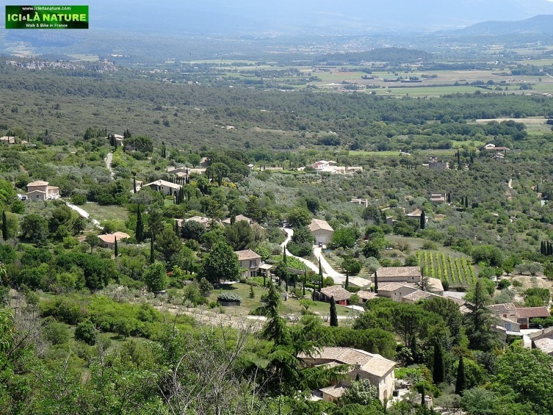 14-view provence from gordes