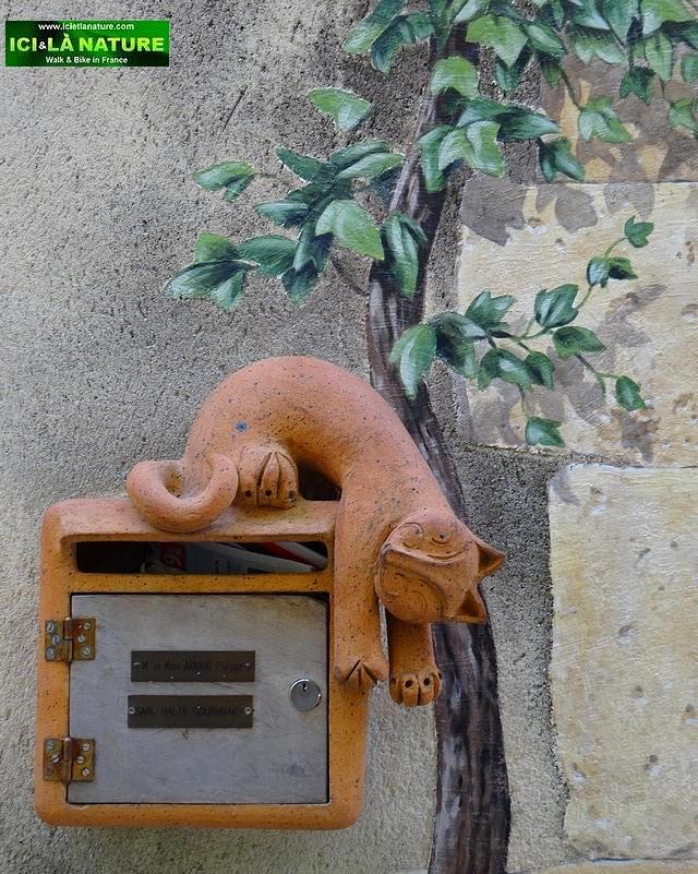 26-cat provence