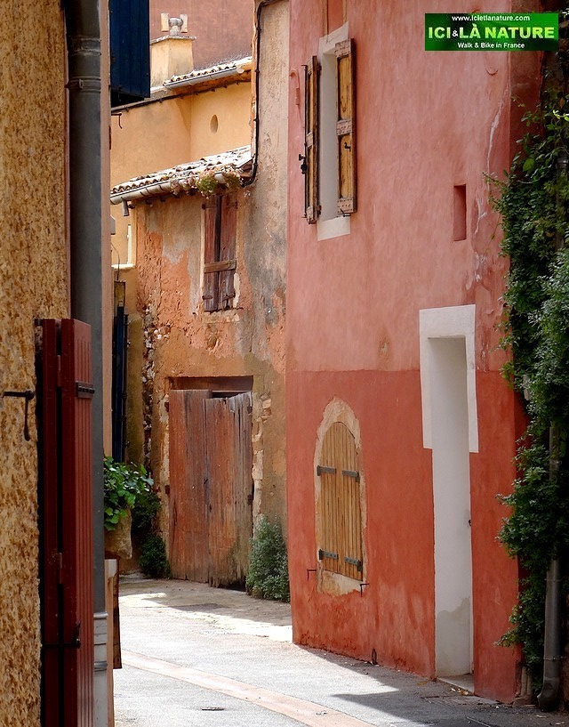 26-roussillon provence road trip