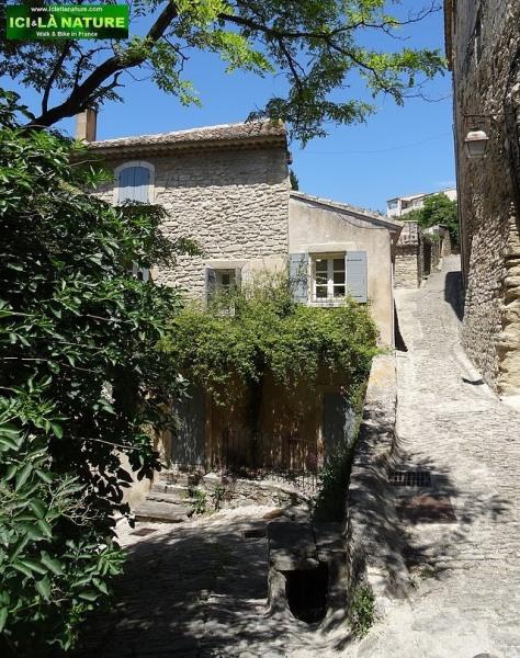 30-village medieval provence gordes