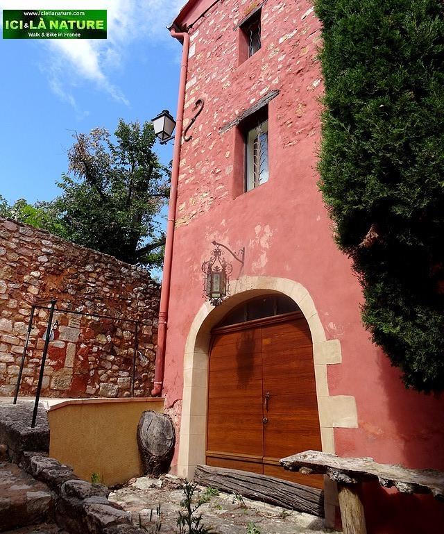 36-provence village roussillon