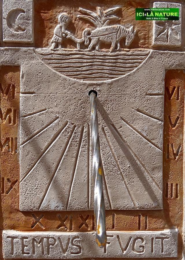 38-solar clock provence