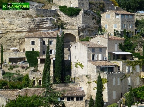 53-hill top village provence gordes