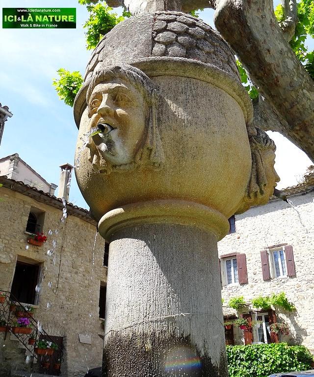 55-provence fountain vaison la romaine