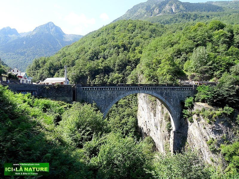 10-pyrenees mountains luz napoleon bridge