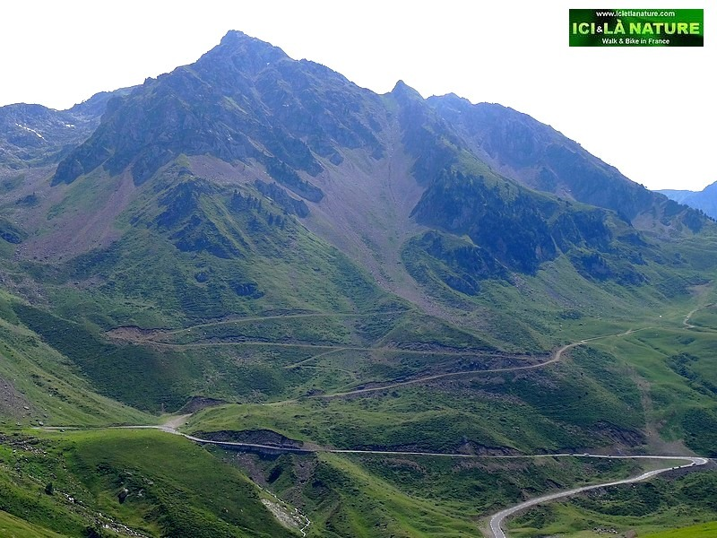 22-tour de france 2014 pyrenees mountains road tourmalet