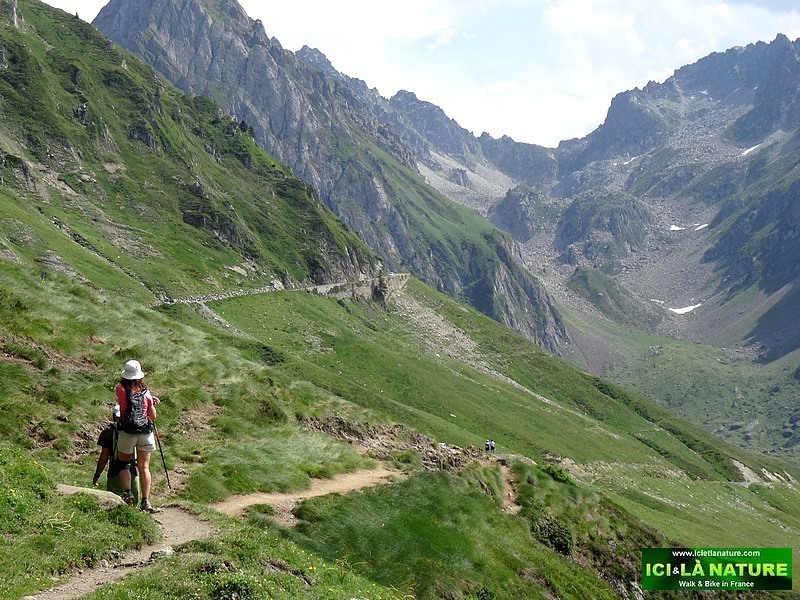 Hiking The Pyrenees Tours
