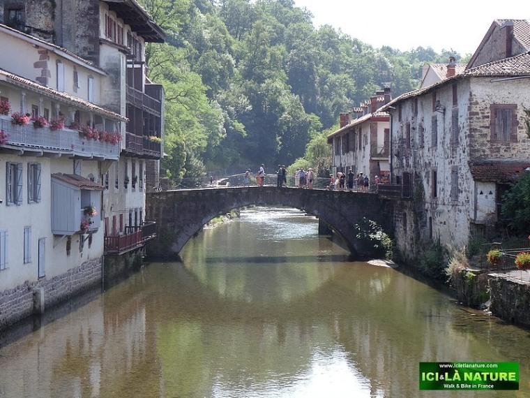 74-st jean pied de port pays basque pyrenees
