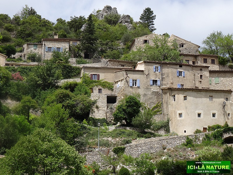 13-perched village provence france