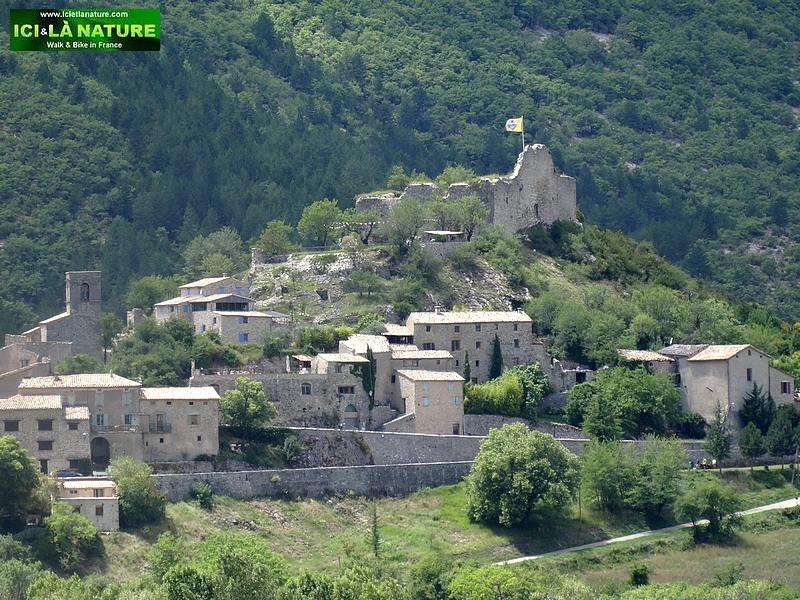 38-paysage provence vaucluse reilhanette