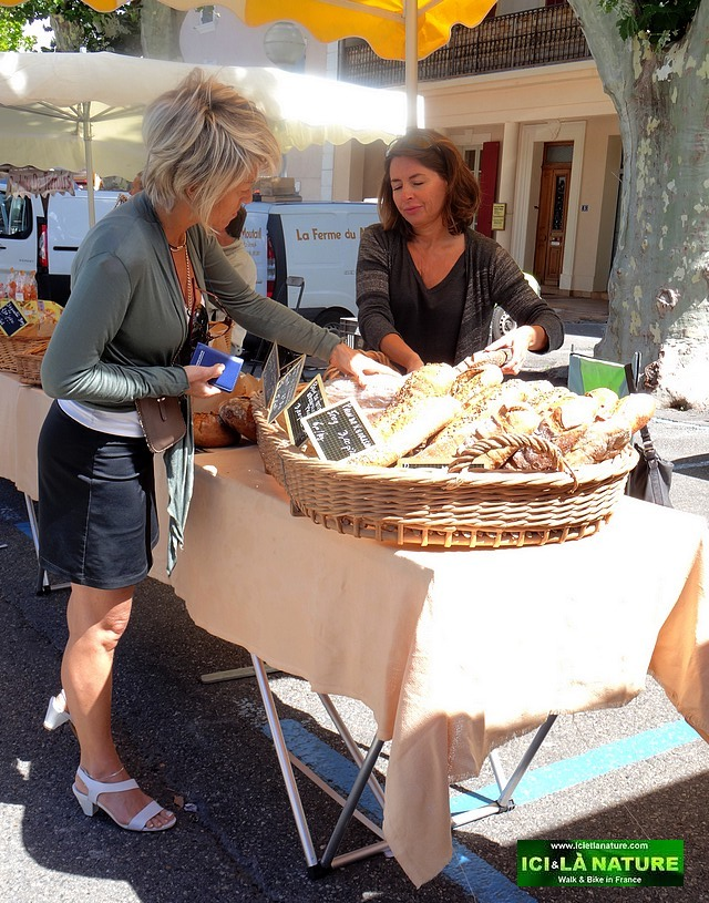63-discover provence markets