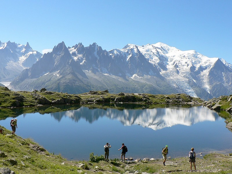 37-mountain lake tour mont blanc photo pascale bruder