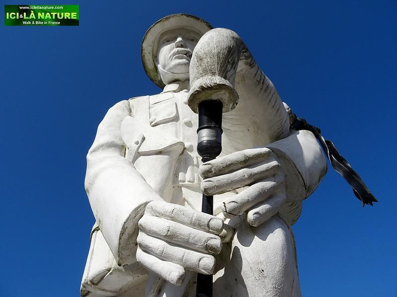 100- longueval pipers memorial
