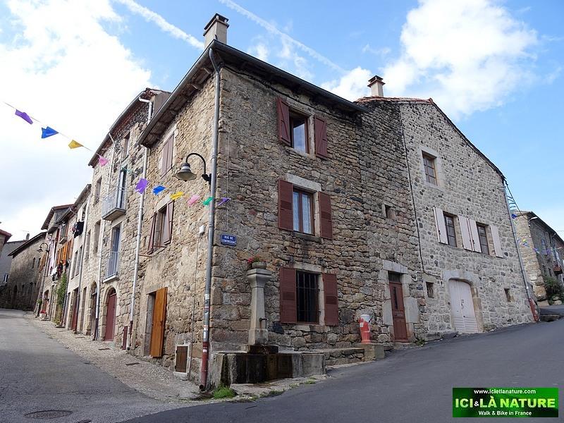 14-pradelles plus beau village france