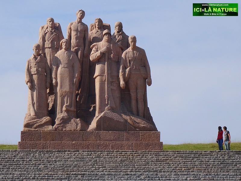 19-World War 1 the ghosts monument landowski